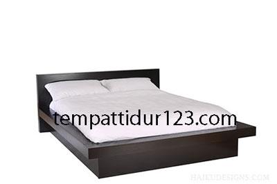 Tempat Tidur Minimalis Kaki-kaki Blok