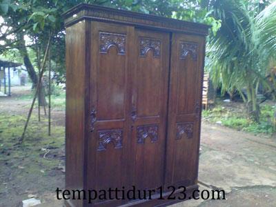 Lemari Majapahit 3 Pintu Sliding Pesanan Ny. Amalia Bogor