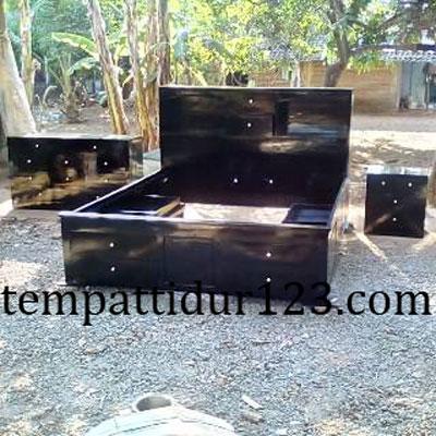 Kamar Set Desain Minimalis Mewah Pesanan Ny. Muthia Tangerang