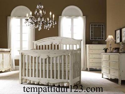 Box Baby Antik Mewah Motif Ukir Jepara